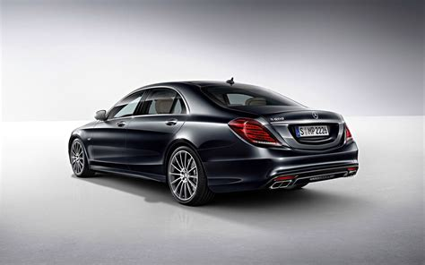 2015 Mercedes-Benz S600 Review & Pictures